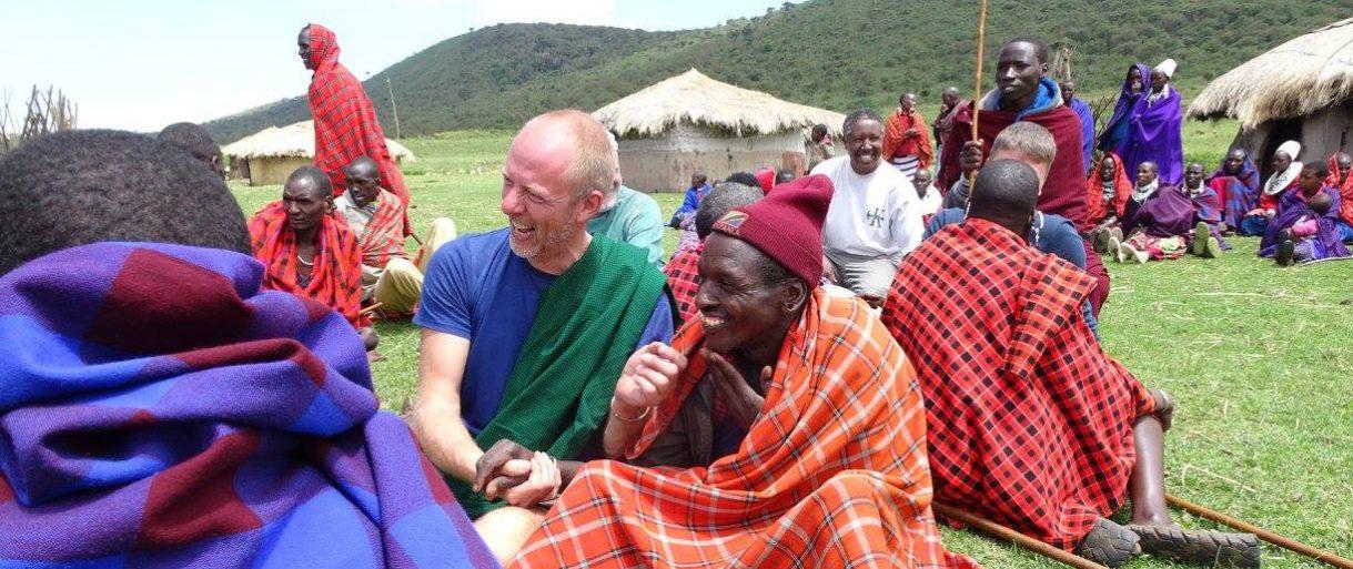 mannen safari Tanzania