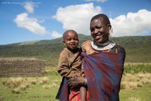 Masaï vrouw met kind